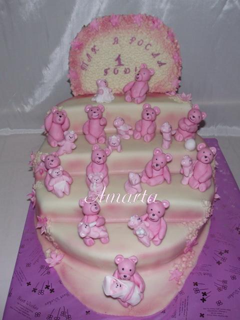 Несу свой торт девочке на годик.Идея. моя.Давно. придумала..не было желающих воплотить..и этот в подарок...