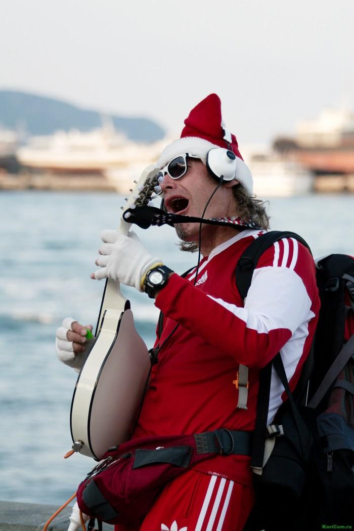 Поющий Санта