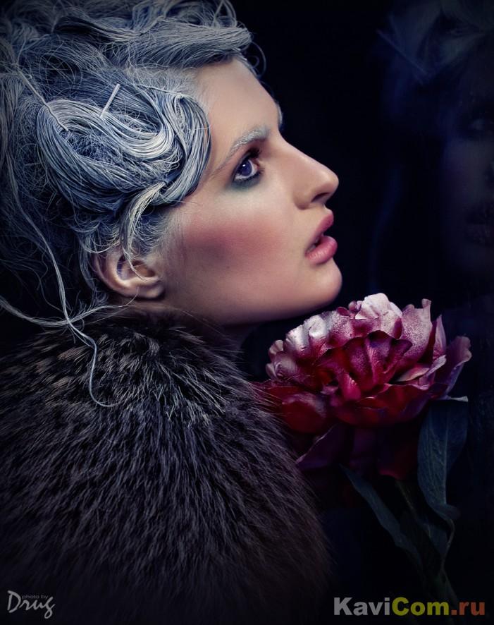 Иней и цветок.....Морозно.......