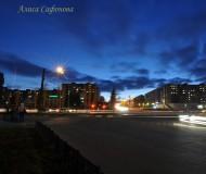 Одна из улиц города на закате
