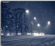 А снег идёт, а снег идёт...