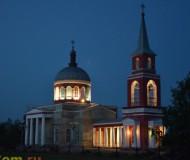 Церковь в сумерках