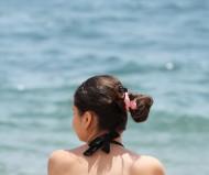 Девушка у моря...