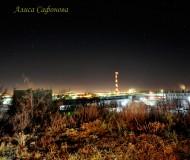 Ночной город и звёздное небо