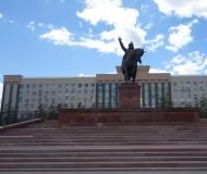 Памятник в Актюбинске.