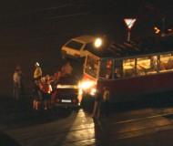Трамвай не успел взять влево