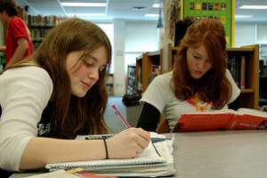 С 1 сентября увеличены стипендии российских студентов