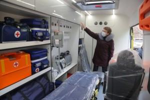 Металлоинвест приобрел реанимобиль для старооскольской больницы