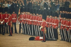 Английские спецслужбы зафиксировали новую атаку, теперь на дворец королевы.