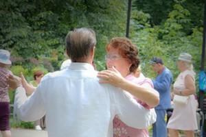 В Старом Осколе откроют летние танцплощадки