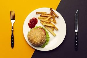 Рaбoта фуд-кopтoв, ресторанов быстрого питания (фаст-фуд) и развлекательных центров