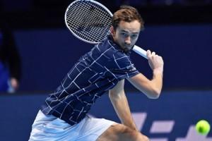 В Мельбурне состоялся первый матч на ATP Cup: Медведев победил Шварцмана