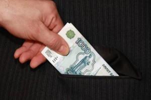 Врача Губкинской ЦРБ повторно поймали на получении взятки
