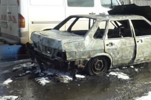 На улице Мичурина в автомобиле взорвался газовый баллон