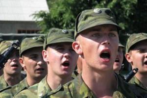 17 старооскольских призывников отправились к местам прохождения военной службы