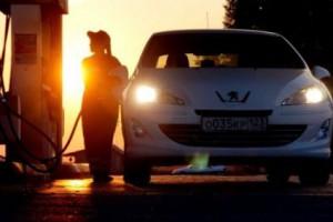 Цены на бензин в 2014 году вырастут до 40 рублей за литр