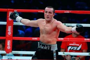 Боксер Денис Лебедев защитил титул чемпиона мира по версии WBA