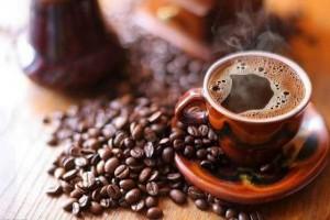 Почему нельзя пить кофе на пустой желудок