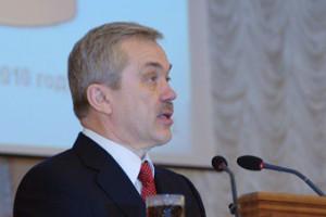 Евгений Савченко вошёл в десятку самых открытых губернаторов