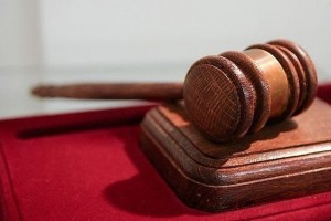 В России впервые оштрафовали блогера по статье об оскорблении государства