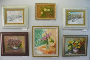«Мартовская синева» — весенняя выставка старооскольских художников
