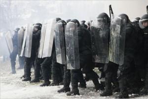 Белгородские полицейские готовятся противостоять массовым беспорядкам