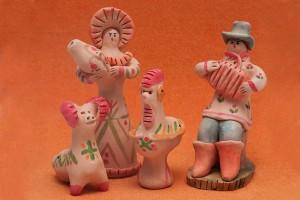 Первое знакомство с глиняной игрушкой