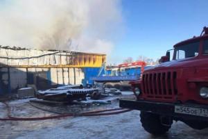 Пожар на складе в Старом Осколе