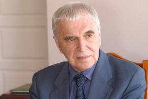 Правительство Белгородской области учредило премию Алексея Угарова