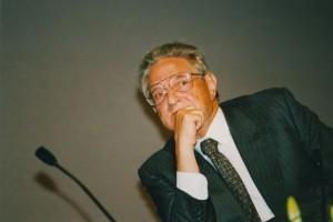 Джордж Сорос: кто организовал большую часть экономических кризисов