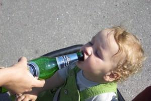 С 24 ноября в десять раз будут увеличены штрафы за продажу алкоголя несовершеннолетним