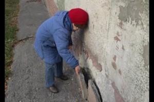 Задача — выстоять: дотянет ли семейное общежитие в микрорайоне Лебединец до капремонта?