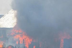 Под Белгородом на пожаре погибла женщина с двумя сыновьями