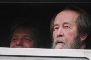 В Китае распространение и хранение книг Солженицына стало уголовным преступлением