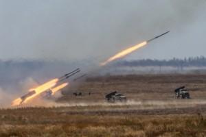 Каким странам России нужно продавать оружие