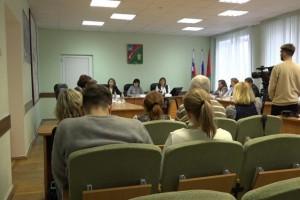 Новую жизнь старооскольской медицины обсудили на пресс-конференции в администрации округа