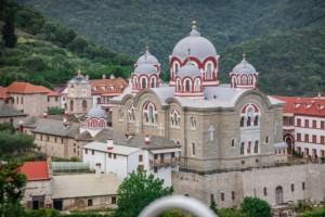 РПЦ назвала наказания за молитвы в храмах Константинопольской патриархии .