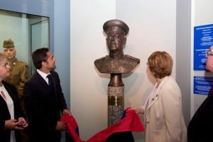 В музее Франции установлен бюст маршала Г.К. Жукова