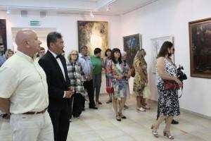 В Белгороде открылась выставка картин Ильи Хегая «Сокровенное»