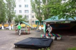 Сотрудники МЧС провели санитарную обработку детских садов в городе Старый Оскол