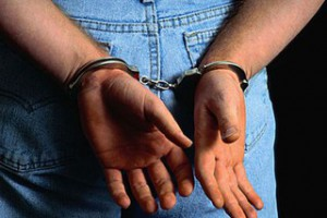 За связь с несовершеннолетней осужден ранее судимый за убийство житель Старого Оскола