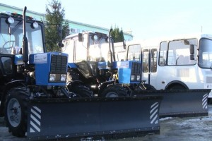 Коммунальщики Старого Оскола получили 12 единиц снегоуборочной техники
